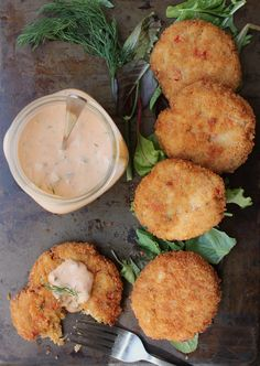 Crabless Cakes with Dill Remoulade (Vegan)