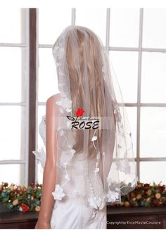 Sheer Flower Wedding Veil Tulle Bridal Veil Hip Length with Comb Style BV069 - Wedding Veil