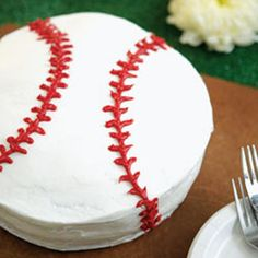 looks easy enough... cake for sports theme birthday party.