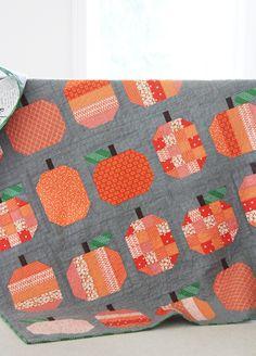 Pumpkins quilt blocks - Halloween quilt