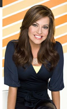 Robin Meade from HLN News. LOVE her sunny disposition, wardrobe and hairstyles. Love!