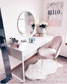 We love the Elegant Makeup Room Ideas by some of the best Beauty Bloggers on the planet #MakeupRoomIdeas #VanityMirror #MakeupRoom