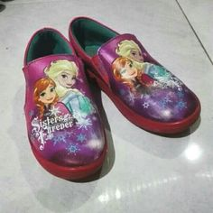 Saya menjual Sepatu anak frozen seharga Rp50.000. Dapatkan produk ini hanya di Shopee! https://shopee.co.id/beflyekawatiotoluwa/612646044 #ShopeeID