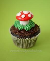 Toad stool cupcake Woodland Cake, Woodland Party, Woodland Forest, Woodland Theme, Enchanted Forest Party, Fairytale Party, Enchanted Garden, Forest Baby Showers, Cute Cupcakes