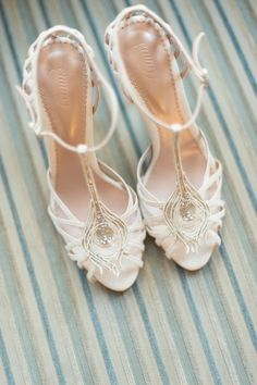 vintage wedding shoes by Emmy London / http://www.himisspuff.com/pretty-wedding-shoes/10/
