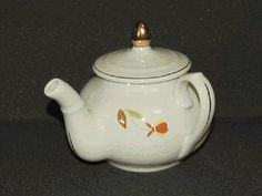 NALCC. Hall China made 1,175 of the 3 cup Side Handle Manhattan Teapots in 2007.