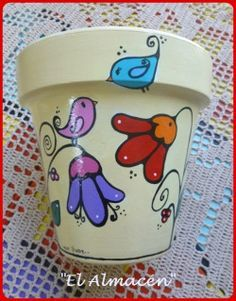 """El arte es, sobre todo, un estado del alma"". Flower Pot Art, Flower Pot Crafts, Clay Pot Projects, Clay Pot Crafts, Painted Plant Pots, Painted Flower Pots, Pots D'argile, Clay Pots, Flower Pot People"