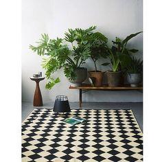 Instagram media by oysho - Oysho Inspiration - SATURDAY Amazing spots #OyshoInspiration #decor #plants #interiordesign