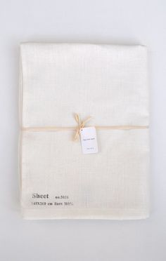 Fog Linen is a great company, they make suce beautiful things. If I were rich enough to justify owning a $140 sheet set, I would already have this. Linen sheets? So luxurious.