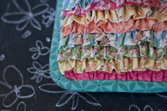 must have ruffle-y potholders!!
