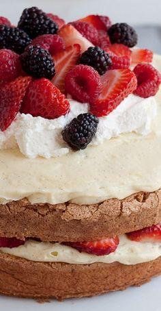 Pao de Lo (Portuguese Sponge Cake) with Vanilla Bean Pastry Cream