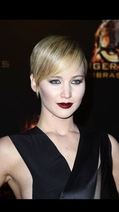 Jennifer Lawrence  DIOR Addict Extreme Black Tie
