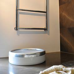 Formschöne und edle #Design #Katzentoilette aus Emaille