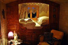 I dream of living in a gypsy vardo Gypsy Trailer, Gypsy Caravan, Gypsy Wagon, Ansel Adams, Gypsy Living, Caravan Living, Shepherds Hut, Little Houses, Tiny Houses