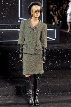 Chanel Fall 2011 Couture Fashion Show - Claire Collins