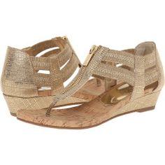 Kenneth Cole Reaction - Summer Lovin (Gold) Women's 1-2 inch heel Shoes