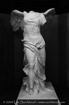 The Winged Victory of Samothrace, (Nike of Samothrace) is a BC marble sculpture of the G. Victory Tattoo, Winged Victory Of Samothrace, Sculpture Art, Metal Sculptures, Abstract Sculpture, Bronze Sculpture, Identity Art, Greek Art, Classical Art