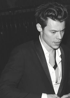 Styles >> The short hair makes him look so grown up...