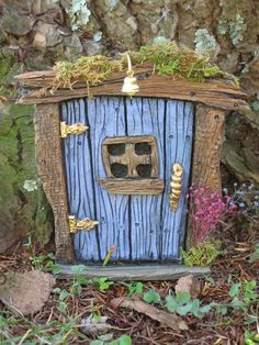 Avert, Manage, And Eliminate Black Mildew Tooth Fairy Door Inspiration Diy Fairy Door, Fairy Garden Doors, Fairy Garden Houses, Fairy Doors On Trees, Fairy Tree, Fairy Crafts, Clay Fairies, Miniature Fairy Gardens, Tooth Fairy