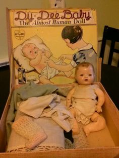 Vintage 1934 Effanbee Dy-Dee Baby Doll Drink and Wet
