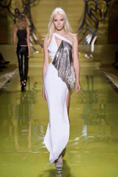MILANO | MODA DONNA P|E_14 | VERSACE    ---     Versace'ttes ..