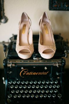Love these #BCBG #bridal #shoes with just a hint of color and sparkle {Petula Pea Photography}