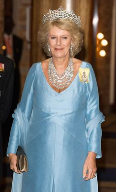 Camilla, Duchess of Cornwall arrives at the Serena Hotel for The Queen's Banquet for Commonwealth Heads of Government on November 2007 in Kampala, Uganda. The Duchess is in Uganda with The Prince. Get premium, high resolution news photos at Getty Images Royal Uk, Royal Queen, Royal Tiaras, Royal Jewels, Crown Jewels, Serena Hotel, Camilla Duchess Of Cornwall, Gordon Brown, Prince Charles And Camilla