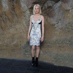 Michelle Williams arriving at the #LouisVuitton #LVCruise Show by @nicolasghesquiereofficial in #LVPalmSprings