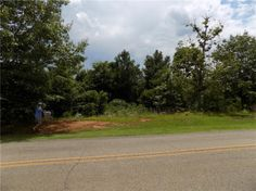 Great level lot for sale in Hunters Ridge Neighborhood!  It is nestled at the beginning of  the neighborhood and it's surrounded by beautiful homes.  This would make a great home site for your dream home to be built!  This is a must see lot!