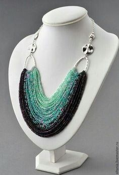 Handmade paper for Valentine 's Day lesson – DIY Necklace Seed Bead Necklace, Seed Bead Jewelry, Bead Jewellery, Diy Necklace, Wire Jewelry, Jewelry Crafts, Jewelry Art, Beaded Jewelry, Jewelery