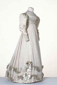 Dress ca. 1825