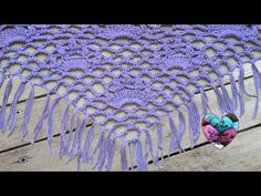 Watch The Video Splendid Crochet a Puff Flower Ideas. Phenomenal Crochet a Puff Flower Ideas. Shawl Crochet, Lidia Crochet Tricot, Crochet Blouse, Crochet Beanie, Knitted Shawls, Crochet Scarves, Crochet Doilies, Crochet Stitches, Knit Crochet