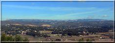 La Sainte Baume vue de La Cadière d'Azur...    http://mistoulinetmistouline.eklablog.com