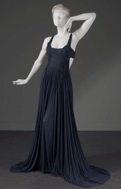 Madame Alix Gres (1903 - 1993), France, 1972  Grecian evening dress, navy blue silk jersey  The Museum at FIT, Gift of Ms. Mica Ertegun  Photograph: Irving Solero  Courtesy of the Museum at the Fashion Institute of Technology, New York