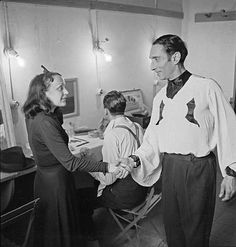 Edith Piaf et Raymond Asso, 1937 http://www.editionsmontparnasse.fr/p1105/Chanteurs-de-toujours-Volumes-1-et-2-DVD