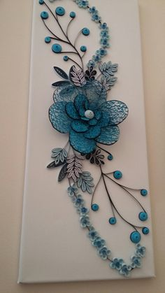 Arte Quilling, Quilling Work, Paper Quilling Flowers, Paper Quilling Patterns, Paper Quilling Jewelry, Origami And Quilling, Quilled Paper Art, Quilling Paper Craft, Doilies Crafts