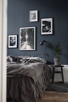 ✔ 79 best gray bedroom ideas to ward off boredom 51 # ward # best . ✔ 79 best gray bedroom ideas to ward off boredom 51 # ward off ideas ✔ 79 beste graue Schlafzimmerideen zur Abwehr von Langeweile 51 … 1 Source by Gray Bedroom, Trendy Bedroom, Bedroom Inspo, Bedroom Colors, Modern Bedroom, Master Bedroom, Grey Bedding, Dark Grey Bedrooms, Bedroom Ideas Grey