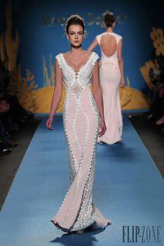Mireille Dagher Spring-summer 2014 - Couture - http://www.flip-zone.net/fashion/couture-1/independant-designers/mireille-dagher-4676