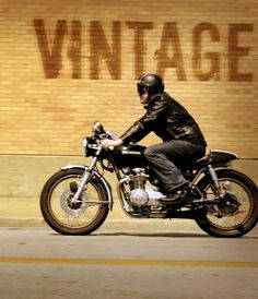 Rider and his Honda Cafe Racer Motorcycle Posters, Cafe Racer Motorcycle, Motorcycle Art, Motorcycle Jackets, Vintage Cafe Racer, Custom Cafe Racer, Bike Style, Moto Style, Cafe Racer Clothing