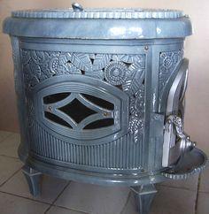 Antique French wood stove le NON PAREIL