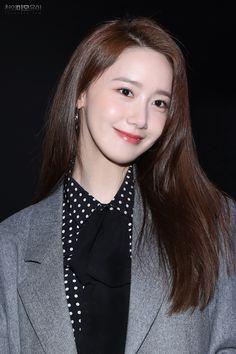 Kpop Girl Groups, Kpop Girls, Im Yoon Ah, Yoona Snsd, Instyle Magazine, Cosmopolitan Magazine, K Idol, Successful Women, Korean Actresses