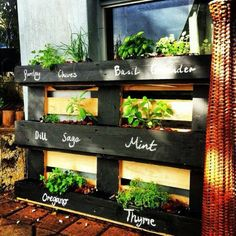 So, one of the most important outdoor, pallet projects is the pallet vertical planter. So how about making pallet vertical planter in your gardens that is easy Palette Furniture, Diy Pallet Furniture, Diy Furniture Projects, Pallet Projects, Garden Projects, Garden Furniture, Pallet Ideas, Diy Projects, Distressed Furniture