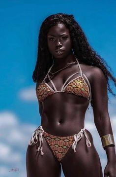 Beautiful Dark Skinned Women, Beautiful Black Girl, Pretty Black Girls, African Girl, African Beauty, African Women, Black Magic Woman, Dark Skin Girls, Dark Skin Beauty