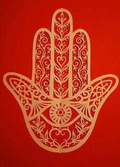 Hamsa Jewish papercuts judaica handmade by jewishpapercutting - etsy Jewish Crafts, Jewish Art, Religious Art, Hamsa Art, Origami Paper Art, Polymer Beads, Turkish Art, Hand Of Fatima, Unique Art