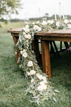 Romantic Farm Wedding in Minnesota | Real Weddings | Oncewed.com