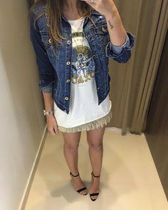 #AdoroFARM ❤️  Blusa Oxala #FARM | Saia Jaci Bege | Jaqueta Jeans  Compras on line:  www.estacaodamodastore.com.br  Whats app: (45)99953-3696 - Thalyta #VAREJO ☎️SAC: (45)3541-2940 ou 3541-2195  E-mail: vendas@estacaodamodastore.com.br  Facebook: Estação Store