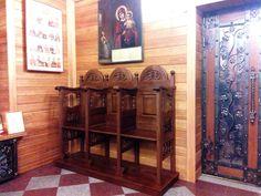 Деревянные стасидии из массива с резными элементами для храма - изготовление на заказ - столярная мастерская БМ ХНУМ