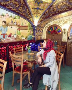 Get the best travel tips and advice from seasoned travellers Persian Restaurant, Iran Tourism, Iran Pictures, Iranian Beauty, Persian People, Visit Iran, Persian Architecture, Teheran, Restaurants