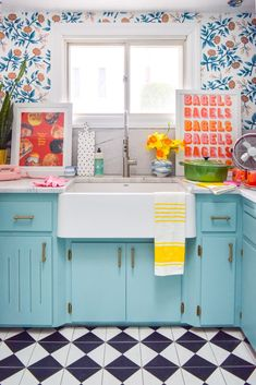 Choosing a retro kitchen sink for a modern retro kitchen is easier than you'd think, if you're looking in the right place! kitchen decor Choosing A Retro Kitchen Sink Retro Home Decor, Home Decor Kitchen, Cheap Home Decor, New Kitchen, Kitchen Sink, Kitchen Ideas, Kitchen Inspiration, Colorful Kitchen Cabinets, Bright Kitchen Colors