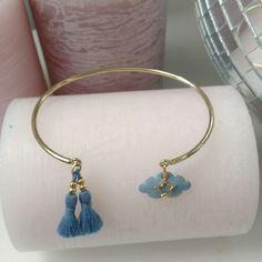 Bracelet jonc doré nuage bleu